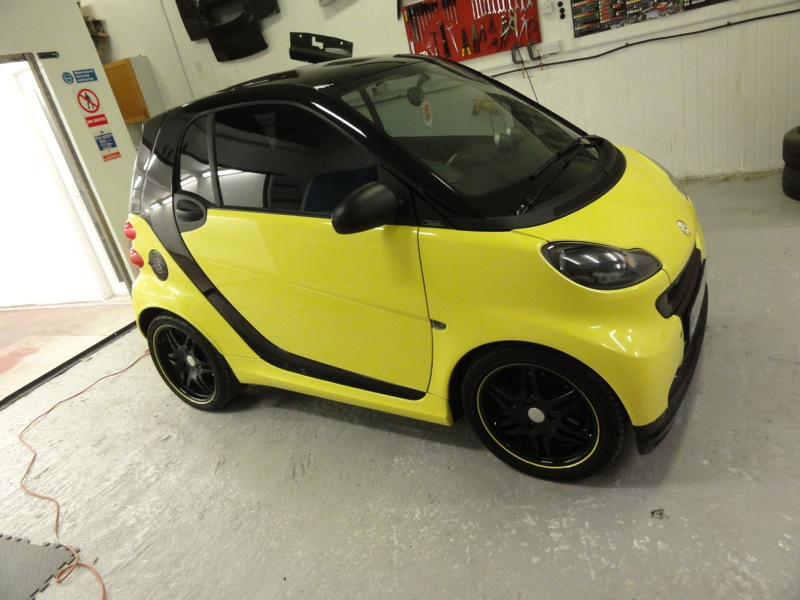 Black-and-Yellow-Smart-5
