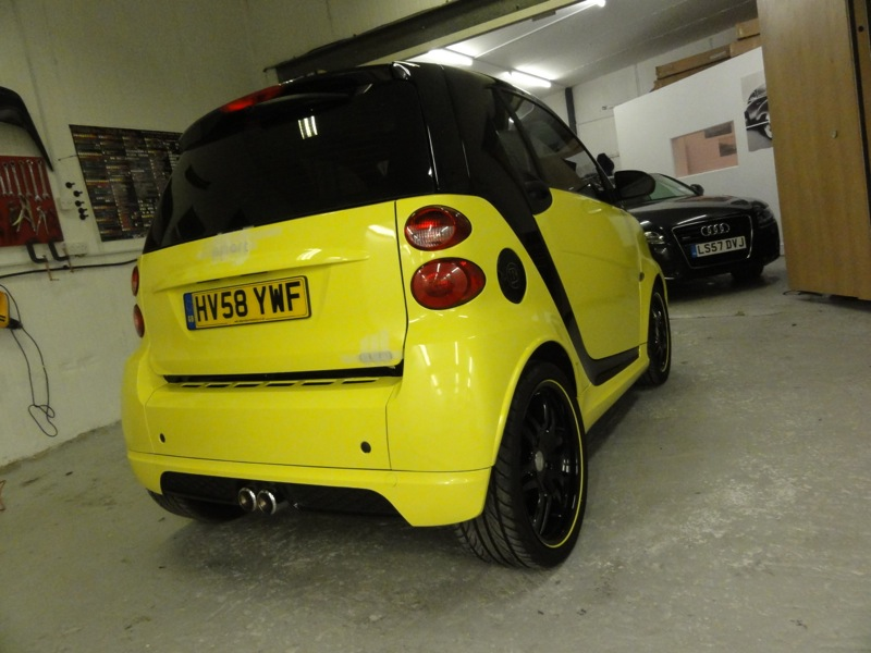 Black-and-Yellow-Smart-6