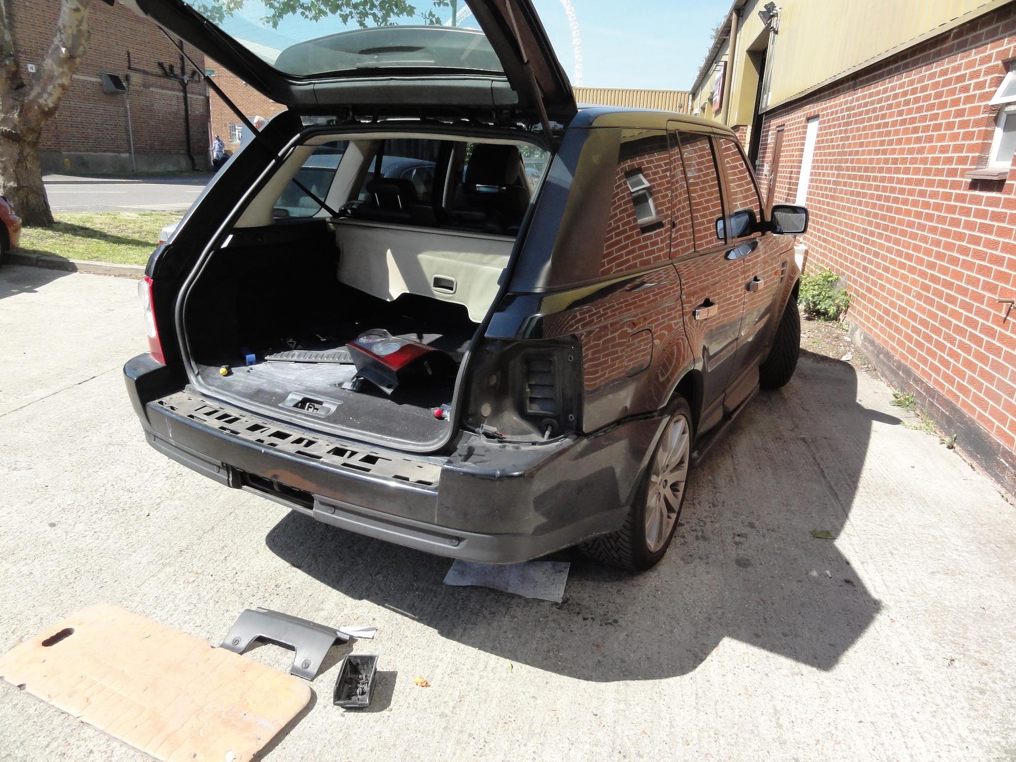Range-Rover-Kit-Install-1