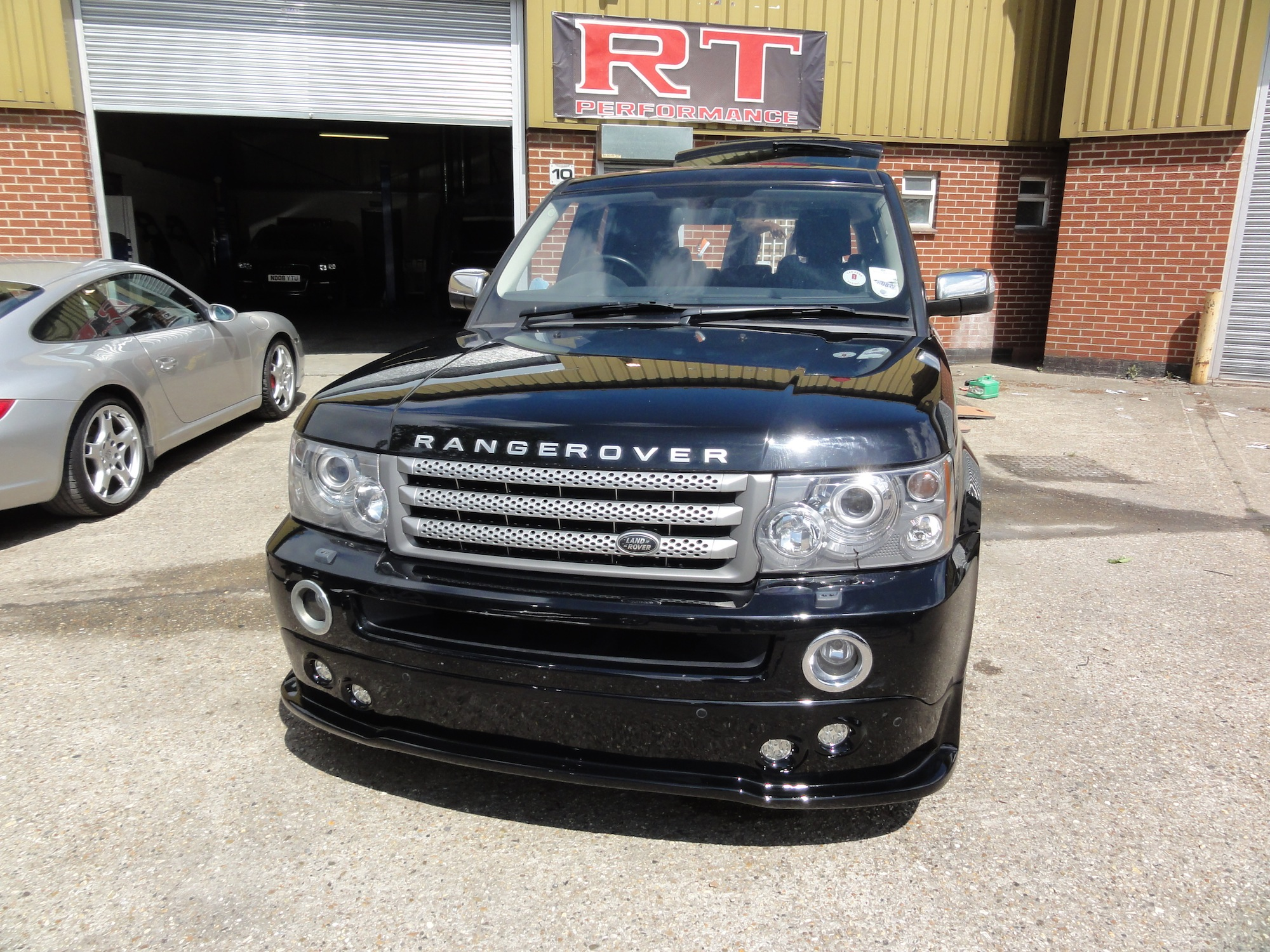 Range-Rover-Kit-Install-12