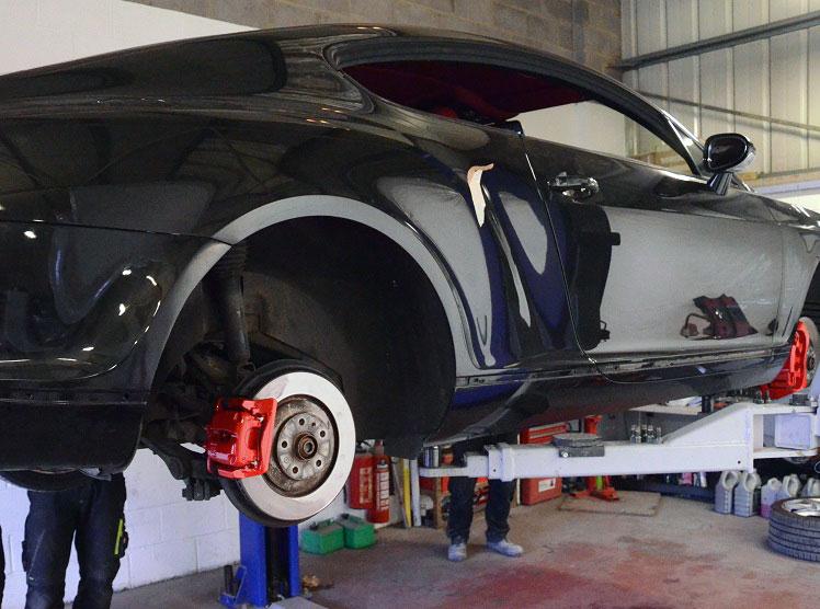 brakes-servicing