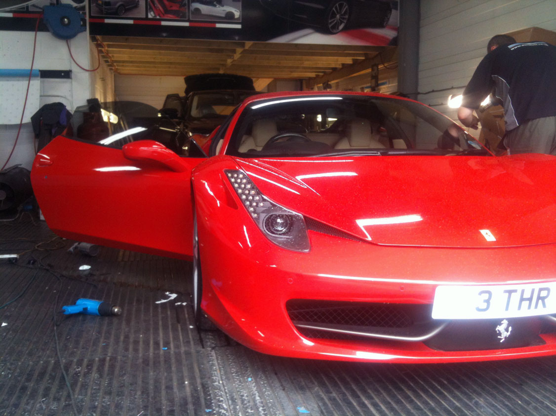 ferrari-window-tinting-in-london-at-rt-performance