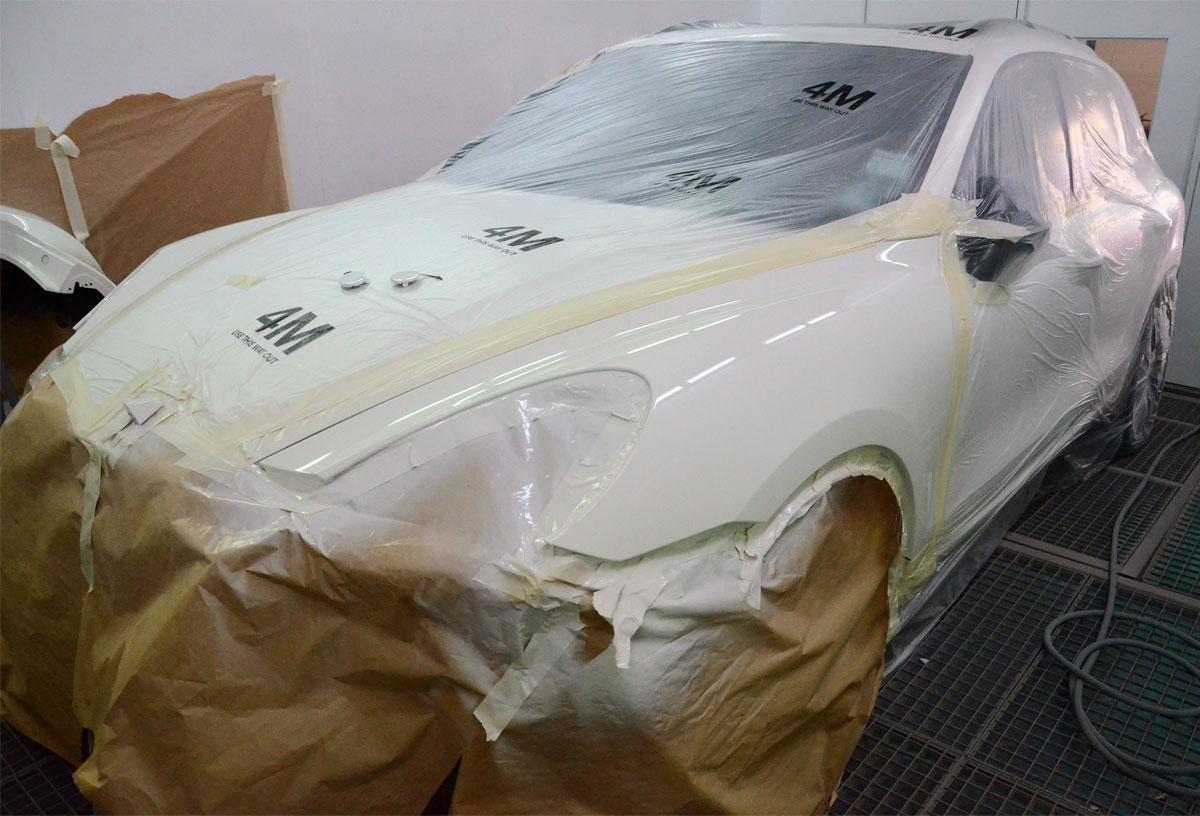 porsche-car-spraying-at-rt-performance