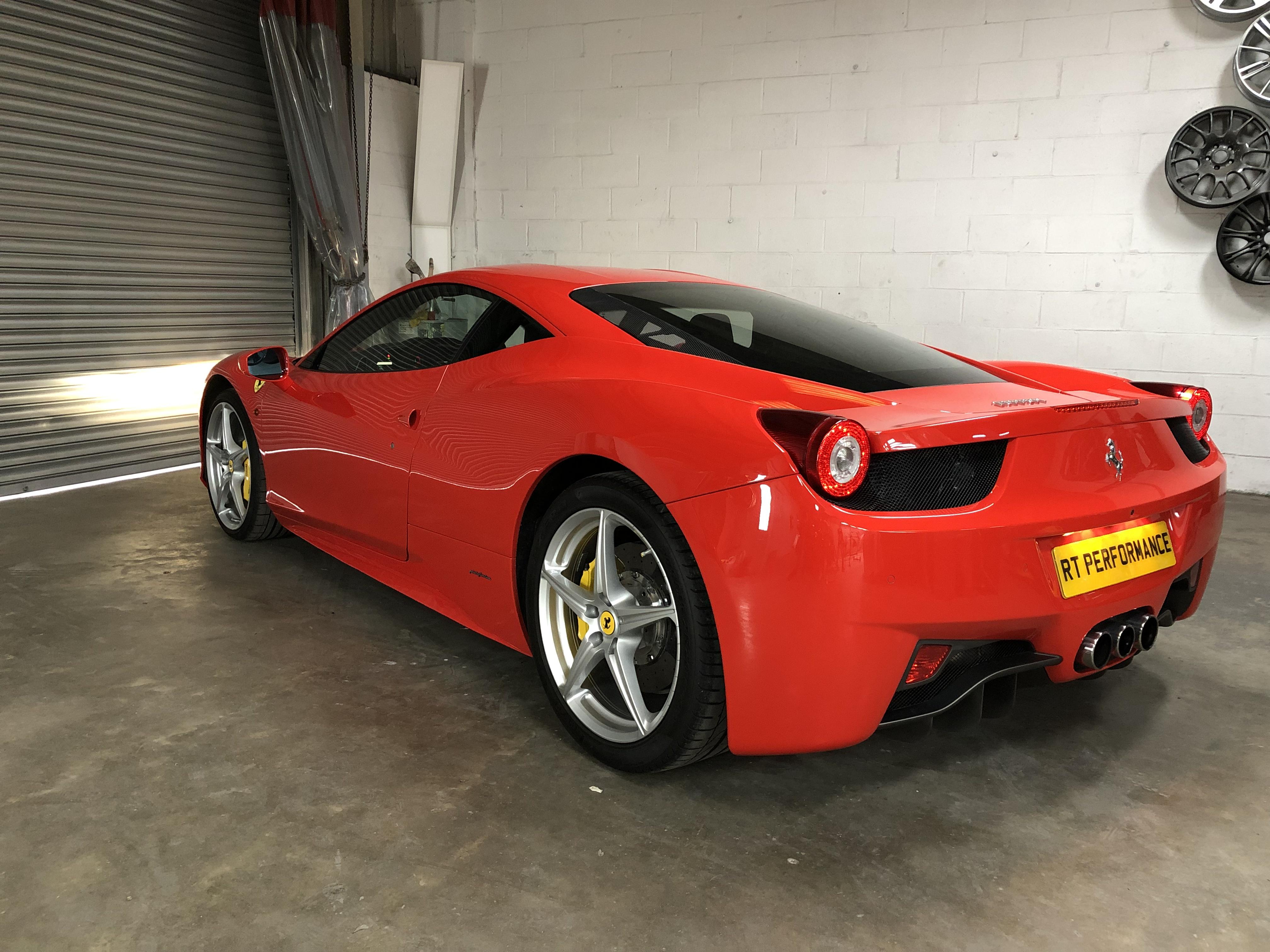 Ferrari-418-Italia-bodywork